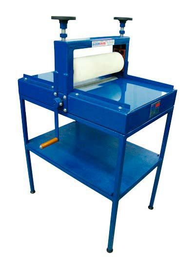 Máquina de corte e vinco manual